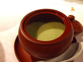フカヒレと蟹肉入りアボガドスープ
