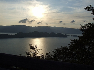 瞰湖台からの十和田の眺め