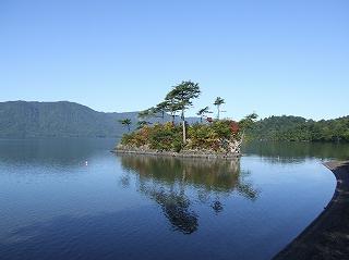 十和田湖 恵比寿大黒島